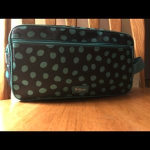 NWOT Thirty-One 24-7 Case